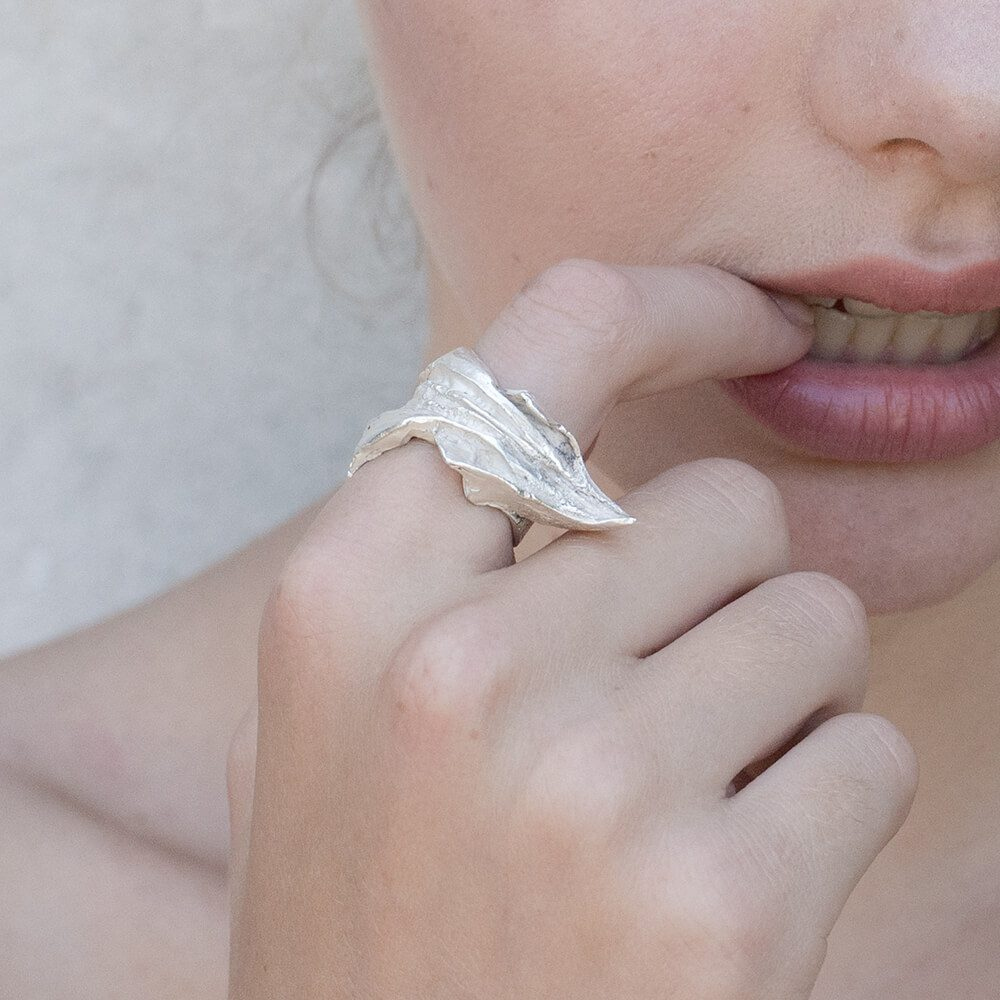 Seductive and elegant shape of Eagle's beak ring, handmade finish and inspired by animal world