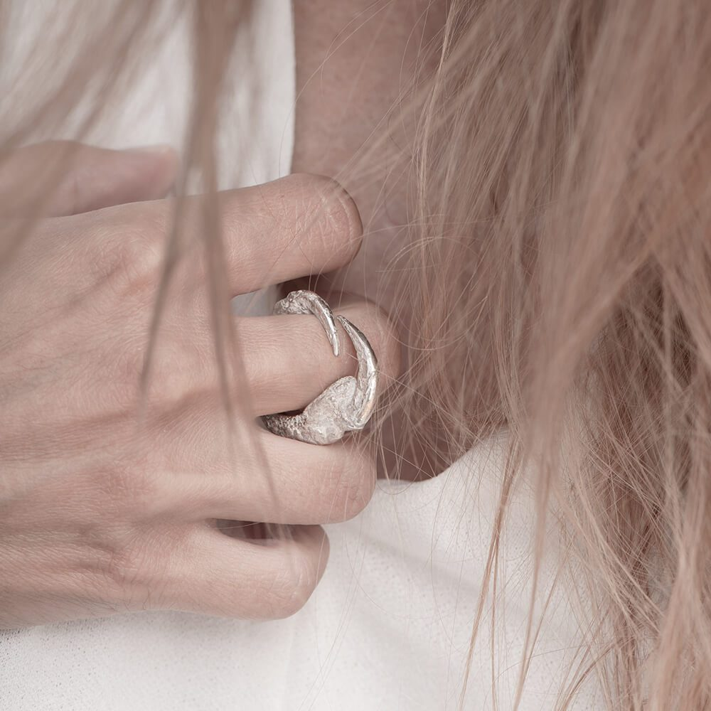 Claws portrayed silver ring, handmade