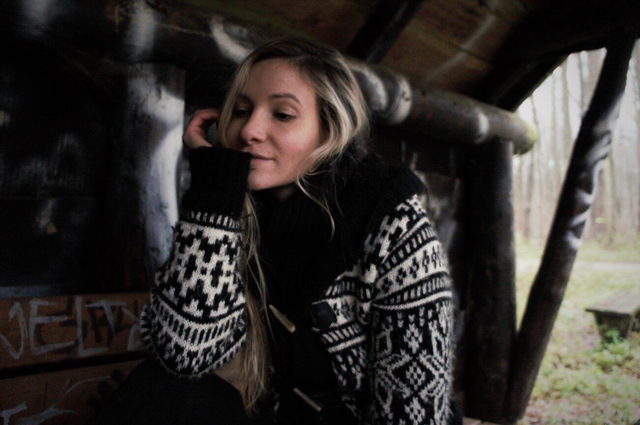 Nadine, author of Karateandcaviar blog
