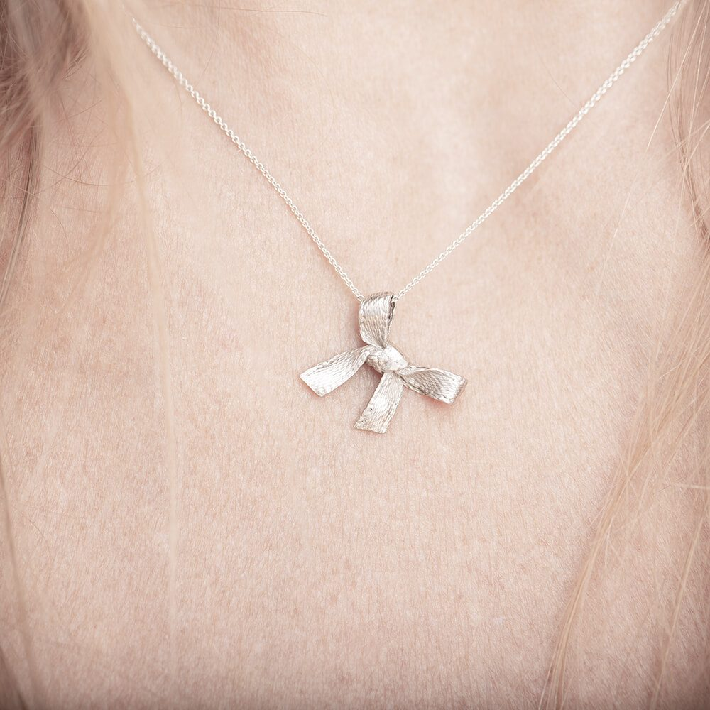 Faith silver pendant with necklace, cute and minimalistic