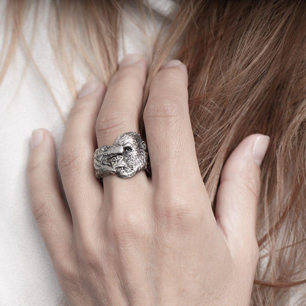 Handmade detailed sterling silver gorilla ring